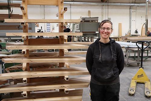 210503_PI032_AA-Bielefeld_Ausbildungsstellen-gibt-es_Foto_Auszubildende-Joana-Hoffrichter
